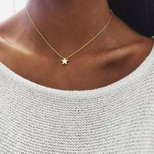 Jewelry - ‼️4/$25‼️Gold Dainty Star Necklace